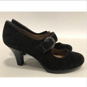 BNWOT Black Suede Sofft Brand Comfy Shoes Size 10
